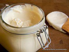 Kleiner Kuriositätenladen: Crème Fraîche, selbstgemacht