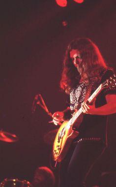 lynyrd skynyrd  Gary Rossington~ 1976 Concert