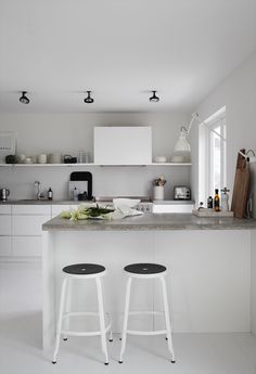 #White #grey #kitchen