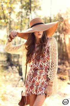 http://fashioncoolture.com.br/2013/08/17/look-du-jour-endless-summer/