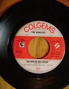 45 RPM....MONKEES DAYDREAM BELIEVER