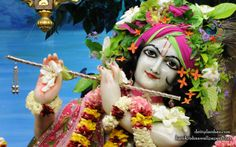 To view Gopinath Close Up Wallpaper of ISKCON Chowpatty in difference sizes visit - http://harekrishnawallpapers.com/sri-gopinath-close-up-wallpaper-165