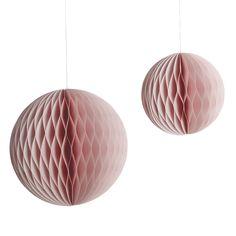 Pom Pom Set / rose from KIND OF MINE* House Doctor, Art Rose, Shops, Home Living, Kugel, Interior Accessories, Ceiling Lights, Home Decor, Mini