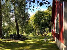Das Ferienhaus in Schweden direkt am See Sidewalk, Walkways, Pavement
