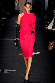 Diane Von Furstenberg Fall 2012 RTW - clearly long black leather gloves are the accessory to have this fall.