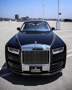 Rolls Royce Wraith, Rolls Royce Cars, Rolls Royce Phantom, Rolls Royce Cullinan, Top Luxury Cars, Lux Cars, Bugatti Cars, Lamborghini Cars, Fancy Cars
