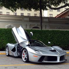 LaFerrari So elegante, I would like to have one...