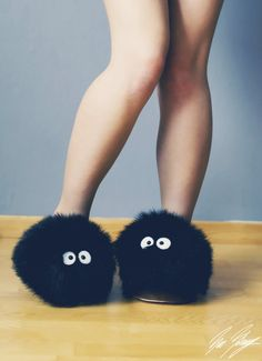 "Susuwatari! Soot sprites slippers, Ghibli,Hayao Miyazaki....This supernatural creature's nickname is ""Makkuro-Kurosuke"" ,means ""Black-Blakie boy"".....(^O^)"