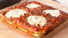 Pastel de Pan de Molde Estilo Pizza Pizza Sandwich, Pizza Cake, Bread Pizza, Cheese Bread, Ham And Cheese, White Bread, Hawaiian Pizza, Vegetable Pizza, Cake Recipes