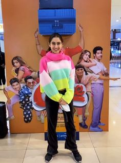 Bollywood Celebrities, Bollywood Actress, Sara Ali Khan, Kurti Designs Party Wear, Western Outfits, Dress Up, Celebs, Actresses, Indian