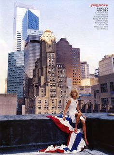 "Karolina Kurkova in ""Amazing Grace"" by Steven Klein for Vogue US November 2001 Vogue Editorial, Editorial Fashion, Rooftop Photoshoot, Vogue Us, Urban Chic, Photoshoot Inspiration, Photoshoot Ideas, Fashion Shoot, Nyc Fashion"