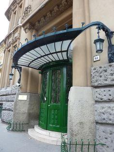 Parisienne Buissonnière: Budapest, Art Nouveau