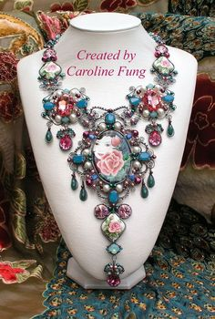 By Caroline Fung-a very talented bead artist from Australia
