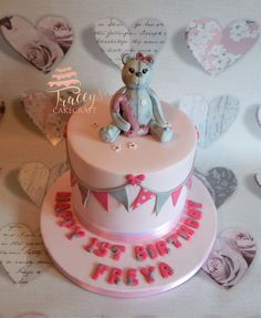 Girls 1st birthday cake