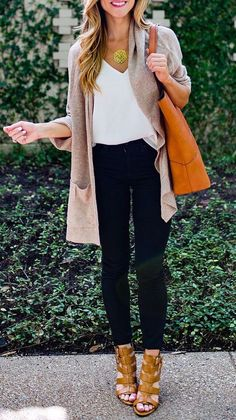 #fall #fashion / gray pink cardigan