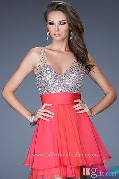 this would be for homecomig but i LOVE it... i would want almost a teal color or maybe even royal blue