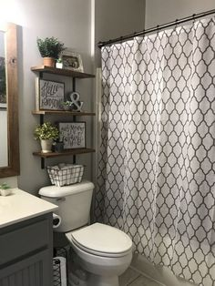 If you are looking for Small Bathroom Makeover Ideas, You come to the right place. Below are the Small Bathroom Makeover Ideas. This post about Small Bathroo. Restroom Decor, Small Bathroom Decor, Bathroom Decor, Bathroom Decor Apartment, Amazing Bathrooms, Bathrooms Remodel, Budget Bathroom Remodel, Home Decor, Bathroom Design