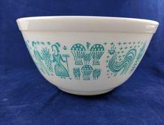 Vintage Pyrex Amish Butterprint Mixing Bowl #402 1 1/2 Qt White Turquoise Blue #Pyrex