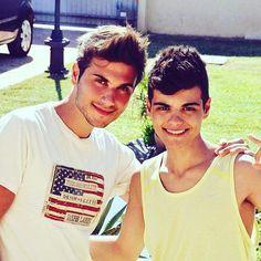 Dios!!!! Que guapos son los hermanillos Inseparables!!... ✋ @tonyymateo y @abrahammateomus