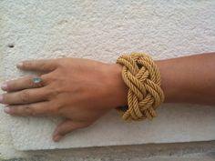 Bracelet en bonnet turc