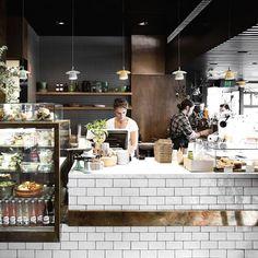 Top paddock melbourne brew bar кафе, кафетерии и дизайн кафе. Layout Design, Café Design, Food Design, Design Ideas, Cafe Restaurant, Restaurant Design, Craft Cocktails, Carnicerias Ideas, Wall Ideas