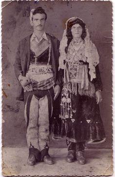 Nga fototeka e Malësisë, Tuz, Shtjefën Ivezaj. Çift malësorësh.