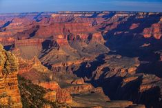 Your Gateway to the Grand Canyon. Find your home away from home at our Grand Canyon Vacation Rental in Williams, Arizona. Our home has everything to make your trip to Northern Arizona cozy and memorable. Grand Canyon Vacation, Grand Canyon Tours, Grand Canyon South Rim, Grand Canyon Helicopter, Helicopter Tour, Parque Nacional Do Grand Canyon, Best Places To Travel, Places To Visit, Everest