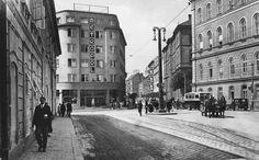 Metropolka  1930. Upravený snímok z inej nástenky.