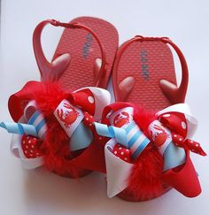 3ef5eb4d78e058 Items similar to boutique FUNKY fun LIL CRAB bows attached direct to flip  flop sandals on Etsy
