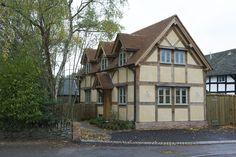 A charming two bedroom oak framed cottage. Border Oak, Oak Framed Buildings, Oak Frame House, Self Build Houses, Oak Panels, Herefordshire, House Front, Cottage Style, Farm House