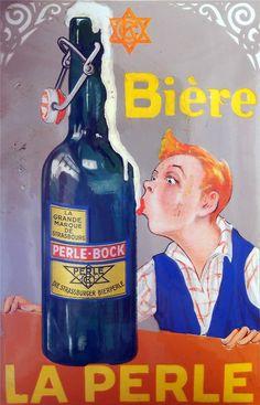 Bière La Perle , enamel advertising sign at the Musée Européen de la Bière