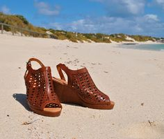 Handmade by Carolyn: Misano Shoes Lindel cut out tan leather wedge