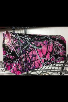 Muddy girl camo mailbox - for when I get my first house alone - this WILL be my mailbox Country Girl Style, Country Girls, My Style, Country Life, Pink Girl, My Girl, Muddy Girl Camo, Pink Camouflage, Purple Camo