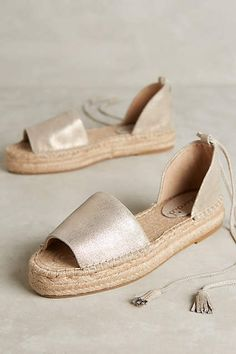 335 Best My style images in 2019   Boots, Clothes, Flat Shoes 23ae1d31bd9