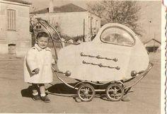 Αλεξανδρούπολη το 1951 The Son Of Man, Prams, Vintage Photos, Street Photography, Worship, Baby Strollers, Greece, The Past, Cinema