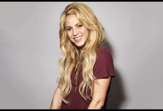 Shakira Scores 17th No. 1 on Latin Pop Songs Chart with 'Me Enamore'