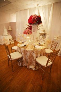 Atlanta Wedding Flowers, Bridal Bouquets, Decorations, Lounge furniture, Chiavari Chairs, Chair covers, Grace Ormonde Platinum List. Wedding Florist in Atlanta, PERFECT PETALS FLORIST - Dreamscapes