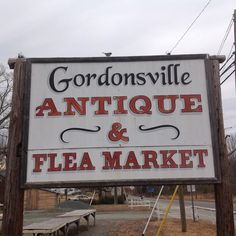 17 Must-Visit Flea Markets In Virginia Where You'll Find Awesome Stuff
