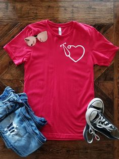 Heart Stethoscope Shirt / Nurse Valentine's Day Shirt / Doctor Valentine's Day Shirt / Vet Valentine's Day Shirt by GoldenMonkeyDesigns on Etsy Nursing School Shirts, Nursing Clothes, Valentines Day Shirts, Dr Valentine, School Shirt Designs, Scrubs Outfit, Residency Medical, Medical Assistant, Cute Nurse