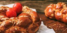 Η συνταγή για το τσουρέκι με το ζαχαρούχο γάλα έκανε την εμφανίση του πέρυσι και έκανε θραύση.   | GASTRONOMIE | iefimerida.gr | συνταγή, τσουρέκια, Βασίλης Καλλίδης, ΠΑΣΧΑ 2020 Greek Easter, Greek Desserts, Pretzel Bites, Food And Drink, Sweets, Bread, Cookies, Baking, Recipes
