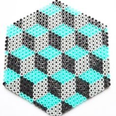 Hama bead design by theyarnaddict http://www.creactivites.com/229-perles-a-repasser