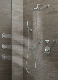 Immersion's system channels water in a circular pattern for consistent water pressure #Moen
