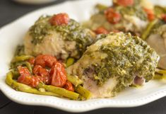 Instant Pot Pesto Chicken is a simple, delicious way to do dinner in mere minutes! This is a great Instant Pot Chicken Breast Recipe! Pressure Cooker Chicken, Pressure Cooker Recipes, Slow Cooker Overnight Breakfast, Homemade Pesto Sauce, Slow Cooker Roast Beef, Healthy Food Delivery, Crisp Recipe, Pesto Chicken, Healthy Recipes