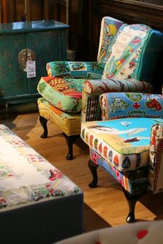 Don't like wing backs normally, but these chairs are inviting, probably due to the colorful prints.