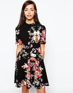 Llamativos vestidos casuales de moda | Vestidos de temporada