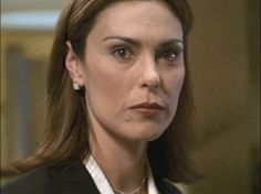 [Michelle Forbes/Carey Rafferty of the Champions fanfic] http://www.wearysloth.com/Gallery/ActorsF/tve5870-20021112-1366.gif