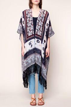 Kimono léger blanc imprimé fleuri marine/mauve/acajou et pompons Ricardo zoom