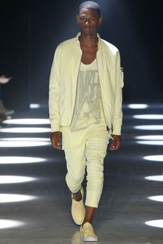 Alexandre Plokhov  Menswear Spring Summer 2016 - Sugestão de Tecido Focus: TULE SPORT #Regatas #Malhas #Diferenciadas #FocusTextil