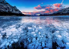 The world is full with majestic places, that keep intriguing travelers and make us wonder about their mystery. If you have always dreamed of visiting really spectacular and off beaten destinations, these places will please your wishes: Frozen methane bubbles, Canada  The whole scene will remind you …