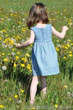 La robe Valréas en délirette #ladroguerie #couture #tricot